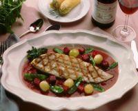 Grillet makrell med rødbetsaus -