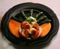 Kamskjell med asparges i rognsaus -
