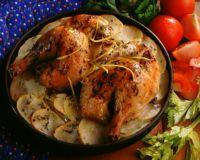 Ovnsbakte kyllinglår på potetseng -