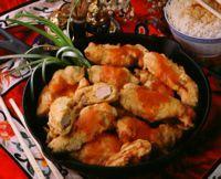 Innbakt kylling med sursøt saus -