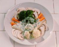 Grønnsakfat med persillesaus -