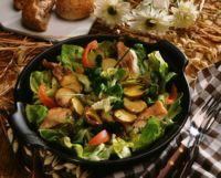 Ørret- og mandelpotetsalat -