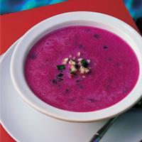 Rødbetsuppe med chilipasta og lime -