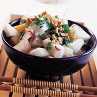 Salat med søt sitron- og ingefærdressing -