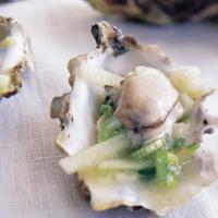 Østers med wasabi og agurk -