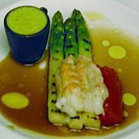 Sjøkrepssuppe med asparges og tomat -