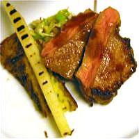 Gjøkalventrecote med foie gras og røsti potetkake -
