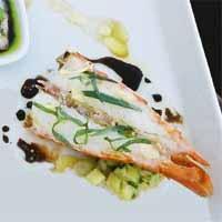 Grillet sjøkrepshale med aspargessalat og balsamicovinaigrette -