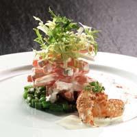 Salat med gulrøtter, aspargesbønner og ristet sjøkreps -