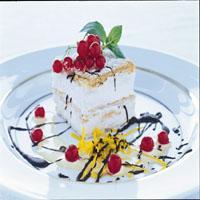 Hvit mokkasjokoladekake med rips -