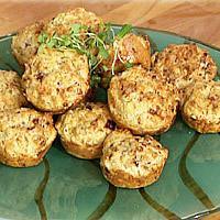 Salami- og ostemuffins -