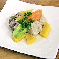 Salt lammekjøtt med raspeballer og grønnsaker -
