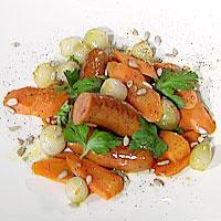 Grov pølse med appelsin og pepperglaserte gulrøtter -