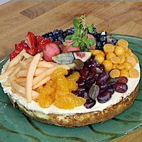 Ostekake med glaserte frukter -