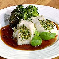 Torsk cremulata servert med rødvinssaus og potetmos med sellerirot -