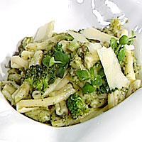 Pasta med brokkoli, hvitløk og sardeller -