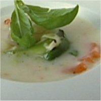 Erlings oppjazza posesuppe - Med noen små grep blir fiskesuppe fra pose straks mer næringsrik og velsmakende.