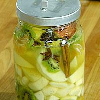 Kryddermarinerte frukter med sabayonne og kryddersirup -