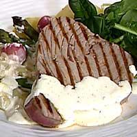 Tunfisk med lettgratinerte vårgrønnsaker -