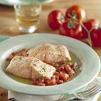 Laks med tomater og urter -