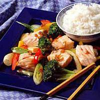 Laks i wok -