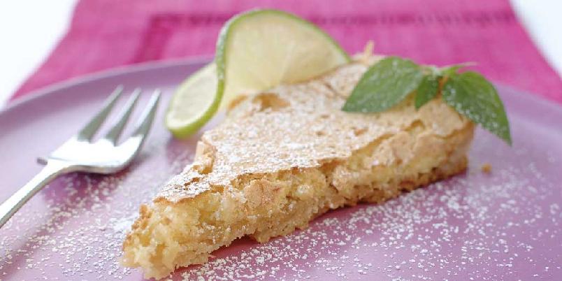 Oak Tree Cottage Lemon Slice - Dette er en australsk sitronpai som smaker herlig. Server med krem eller kanskje litt is.