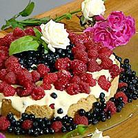 Høstfristelse med bær og mandelfyll -