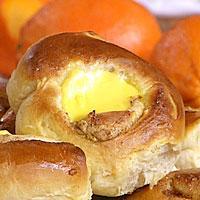 Solskinnsboller med appelsin og vaniljekrem -