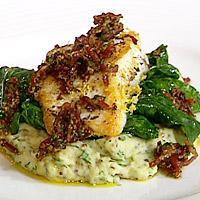 Krydderstekt kveite på spinat med smakfull potetmos -