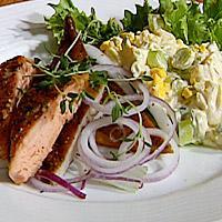 Røkt makrell med potet- og eggesalat -