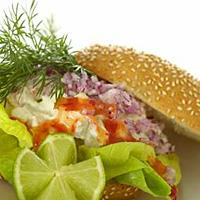 Bagels med crabsticks og avokado -