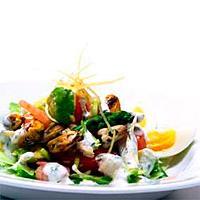 Salat med avokado og skalldyr -