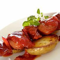 Pølsespidd med ovnsstekte poteter -
