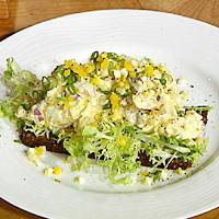 Eggende salat -