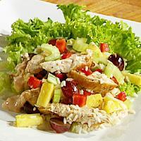 Kyllingsalat med frukt og ris -