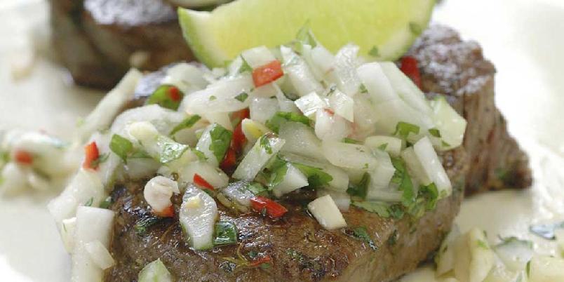 Beef Pebre - Ytrefilet som smakssettes med urter og marinade før det legges på grillen. Populær mat i Sør-Amerika og spesielt Chile.