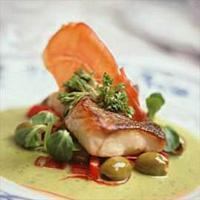 Saltbakt torsk med basilikumsaus -