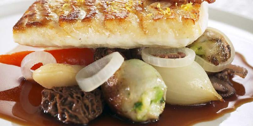 Sitrongrillet piggvar med fylt blekksprut -