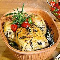 Kylling i leirgryte med urter og 40 hvitløkfedd -