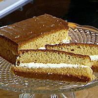 Honningkake med sitronkrem -