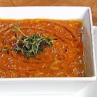 Tomat- og linsesuppe med grønnsaker -