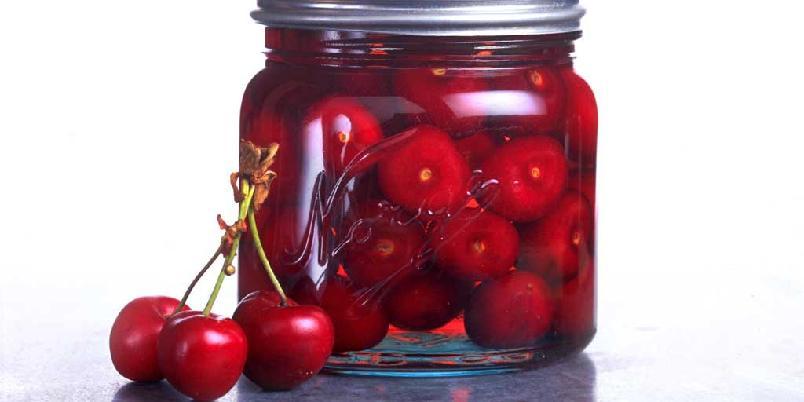 Kirsebær på sukkerlake -