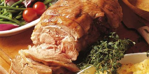Lammestek fylt med fetaost og tomater -