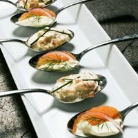 Skagenrøre med skalldyr - En klassisk majonessalat med masse skalldyr.