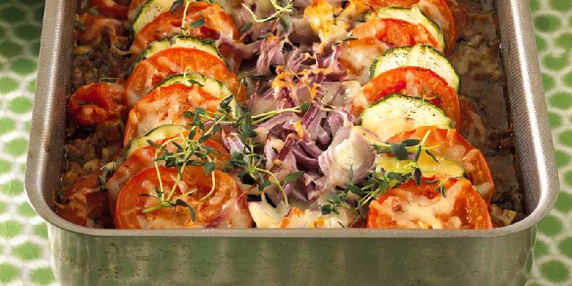 Fargeglad kjøttdeig- og tomatgrateng -