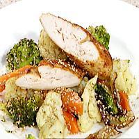 Marinert kylling med sesamstekte grønnsaker -
