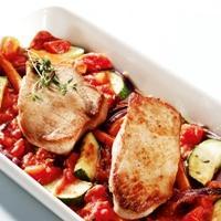 Svinekjøtt og grønnsaker i ovn -