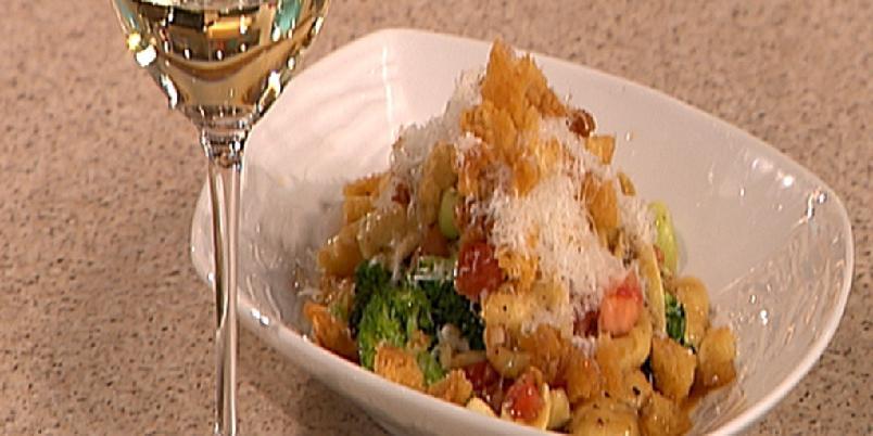 Orrechiette Sicilia - Tom Victor Gausdals hjemmelagde pastaører med en uhyre enkel og god saus basert på ansjos.