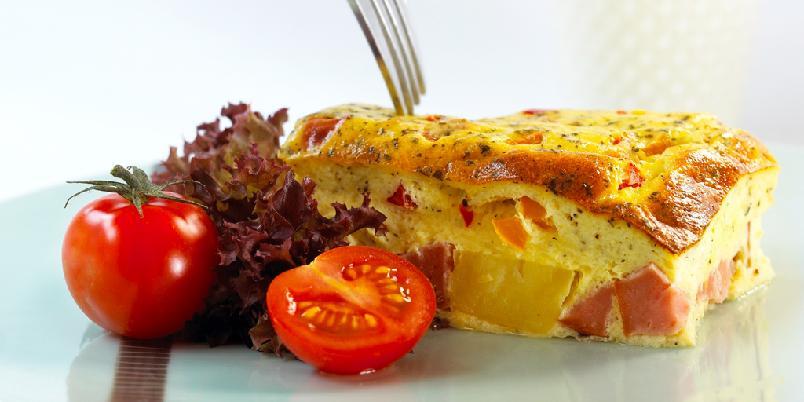 Ovnsomelett - Dette er en typisk resteomelett, her er det bare å tilsette det man har, for eksempel kokte grønnsaker, kjøttrester og kokt pasta.