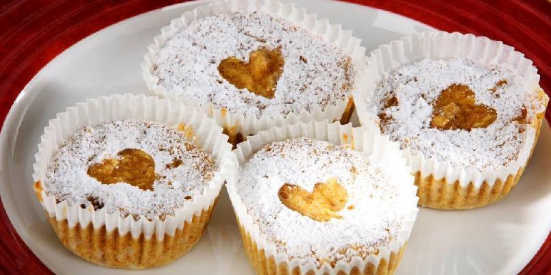 Eple- og kanelmuffins - Fedon Lindbergs litt sunnere muffins med blant annet soyamel og havrekli.
